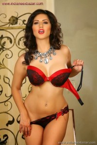 Sunny Leone Gorgeous in Red Bra and Panty Sunny Leone In Mini Bra And Underwear XXX porn pic of Sunny leone (4)