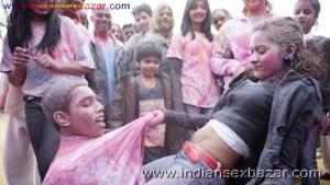 Randbaj ladki on Holi fastival nude xxx सेक्सी माल लड़की होली पर रांड बाजी करते हुए फोटो (12)