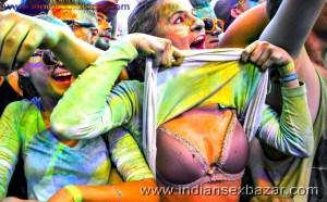 Randbaj ladki on Holi fastival nude xxx सेक्सी माल लड़की होली पर रांड बाजी करते हुए फोटो (13)