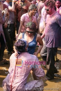 Randbaj ladki on Holi fastival nude xxx सेक्सी माल लड़की होली पर रांड बाजी करते हुए फोटो (4)