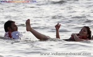 Mahendra Singh Dhoni Wife Sakshi Rawat Xxx Photo Sakshi Dhoni Nude Photos And Porn साक्षी धोनी के नंगे फोटो और पोर्न Indian Nude Pic (22)
