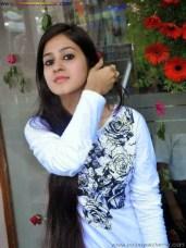 Real Beautiful Indian Girl Pics Cute Beautiful Indian Girls Pictures In HD See The Beautiful Real Indian Girls Photo In HD Quality Hot Indian Child Girl Pic Free Download (11)