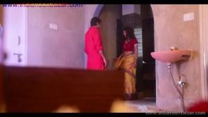 मेरे बहु बेटे अकेले में रोमांस करते हुए फोटो Indian Sex Scandals (1)