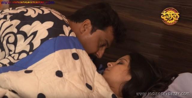 नंगी माँ को पापाजी के लंड से अपनी भोसड़ी चुदवाते हुए देखा हिन्दी सेक्स स्टोरी