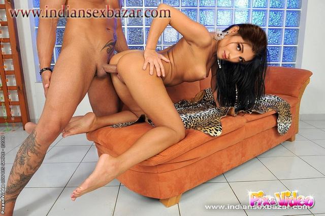 घोड़ी और कुतिया बन चुदवाते हुए Naked Sapna Choudhary Enjoying Doggy Style Sex Nude XXX Porn (9)