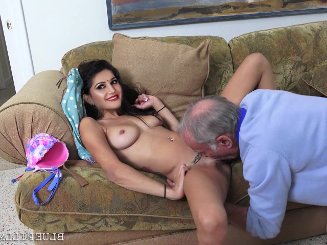 Indian Porn Pic Nude Sapna Choudhary Enjoying Sex With Old Man Porn Pic In Full HD (1)