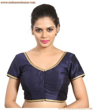 Without Saree Porn Indian Girls In Tight Fitting Blouse Showing Nice Boobs Very Hot Pictures (11)