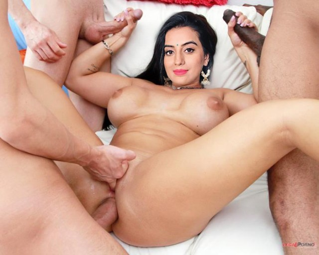 Indian Bhojpuri Film Actress Naked Akshara Singh Fucking Nude XXX Full HD Porn Pic Ass Pussy Boobs 7