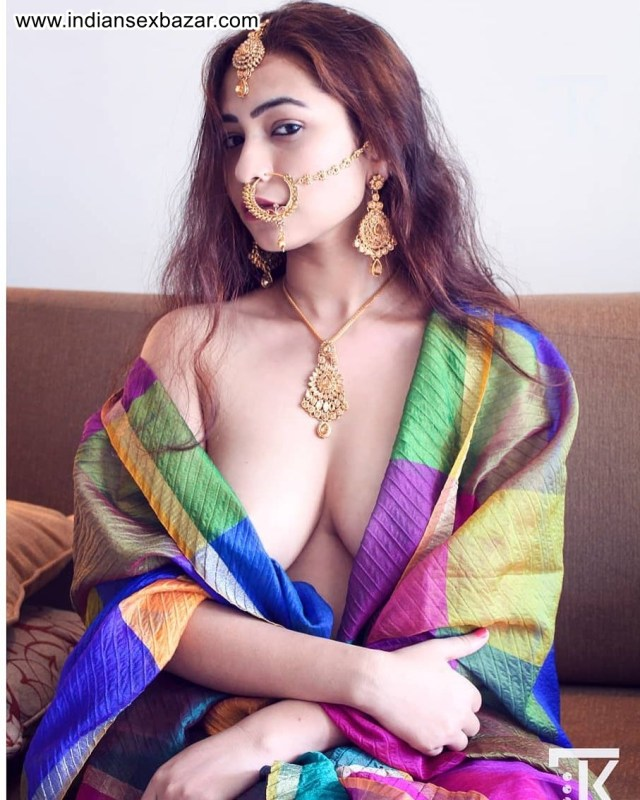 Half Nude Newly Married Indian Bride XXX HD Porn Pic Collection 15