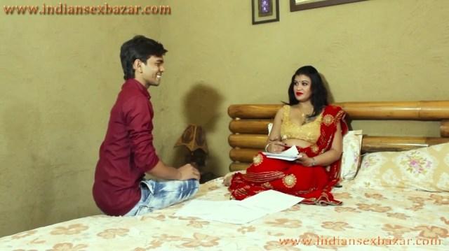 Latest Hindi Sex Stories गर्लफ्रेंड की माँ को चोद कर प्रेग्नेंट करा हिंदी सेक्स स्टोरी 1