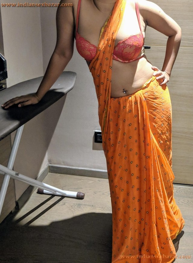 Sexy Navel Of Newly Married Indian Bhabhi Very Hot Photos 11