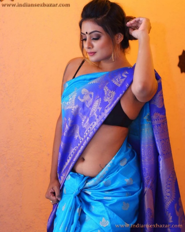 Sexy Navel Of Newly Married Indian Bhabhi Very Hot Photos 8