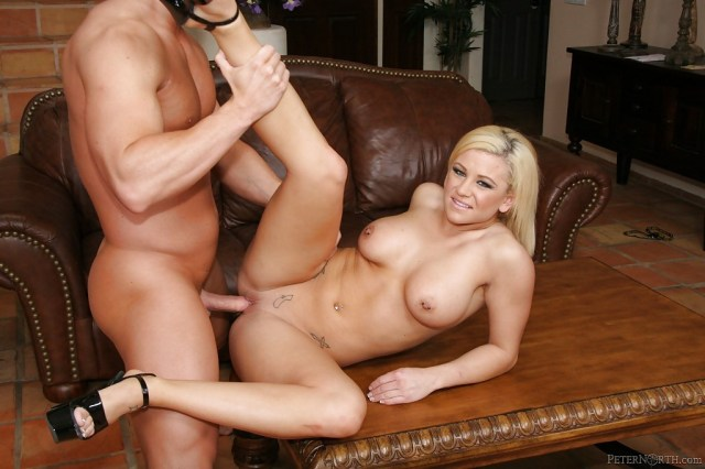 Cali Cassidy Gets Shaved Pussy Pounded Hardcore Porn Pic 4