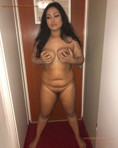 Indian Milf Nisha Caught Naked In Hotel Room XXX Porn Pictures Indian Married Girls Nude In Hotel XXX Porno 15