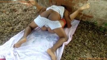 Indian Porn Film देसी रंडी की चूत चुदाई खाली पड़े खंडहर में करी इंडियन XXX पोर्न विडियो क्सक्सक्स फोटो