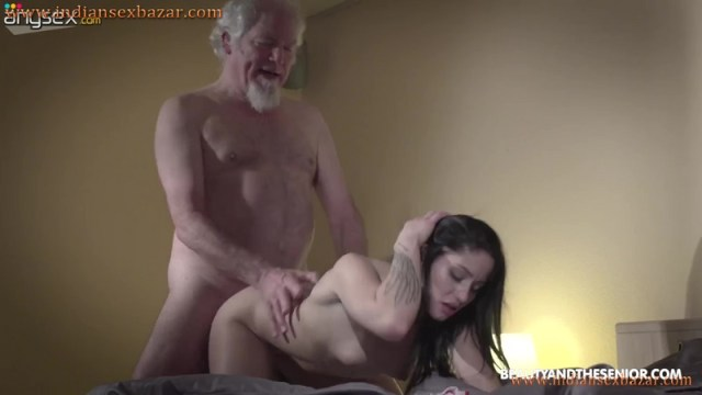 Granddaughter Offered Sex To Grandfather Full HD Porn Video Old And Young XXX Porn Pictures 9