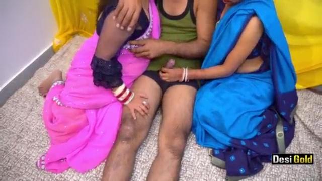 दो रंडी महिलाओं को एक साथ चोदा Indian Desi Threesome Porn Video And XXX Pictures 1