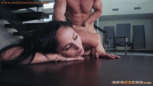Secretary Ariana Marie Fucked By Boss Johnny Sins Full HD Porn And Office Sex XXX Photos 9