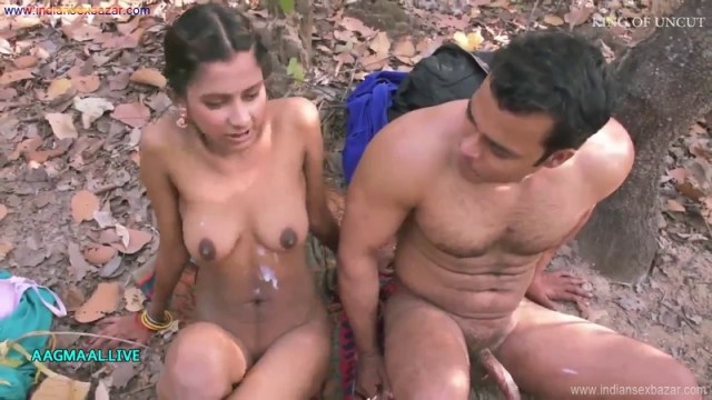 Indian Beautiful Village Girl Having Sex For Money In The Forest XXX Porn Pic And Fucking Movies With Hindi Audio (5)
