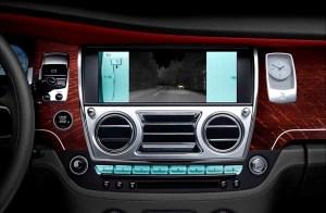 2015-rolls-royce-ghost-series-ii-new-display-screen-detail1-600-001