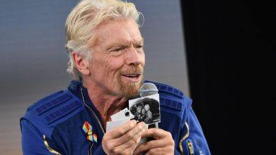 Photo of Richard Branson Features Tips for Jeff Bezos After Virgin House Vacation