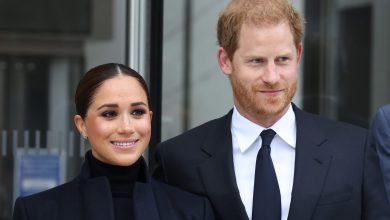 Photo of Prince Harry, Meghan Markle Remain at Legendary Carlyle Hotel in New York
