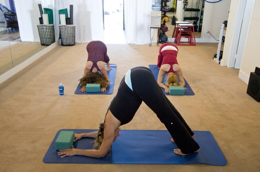 yoga-263673_1920