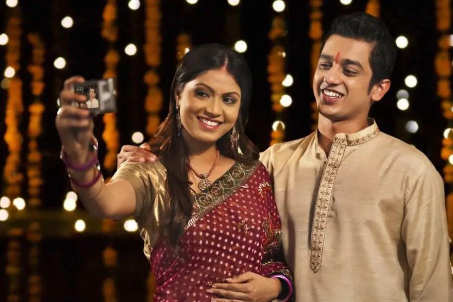 kurta and saree - Traditional clothing in India