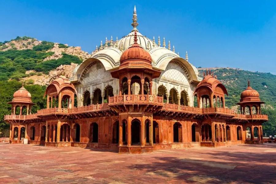 moosi maharani ki chhatri in Alwar, next to Alwar City Palace