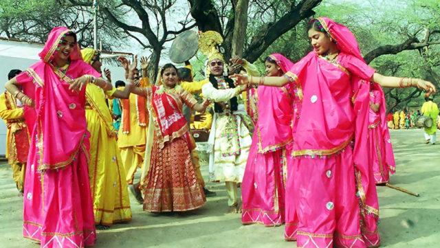 Image result for madhya pradesh men costume