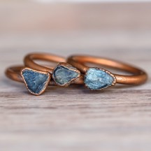 Raw_Sapphire_and_Copper_Ring_Bohemian_Gypsy_Jewelry_Festival_Jewels_Indie_and_Harper