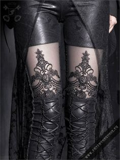 Macbeth leggings