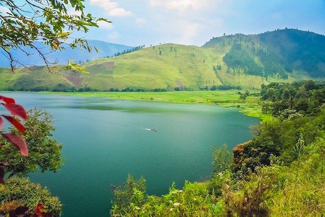 Wagubsu Ajak Wisatawan Berkunjung ke Danau Toba