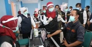 Jurnalis Menerima Vaksin COVID-19 Tahap Kedua