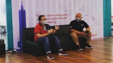CEO Indiekraf Indonesia, M Ziaelfikar Albaba mendampingi langsung Muhamad Fajrin Rasyid, Direktur Digital Business Telkom Indonesia saat kunjungan ke DILo Malang