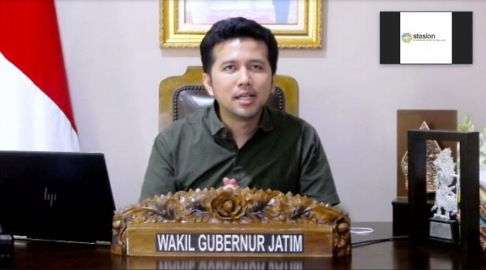 Wakil Gubernur Jawa Timur, Emil Dardak saat menghadiri acara penandatanganan MoU BNI dan Komunitas Stasion Malang