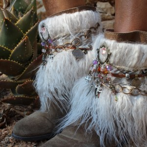 coverboots ethnic style