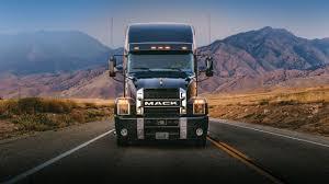 El nuevo Anthem de Mack Trucks ya circula por las carreteras de EU