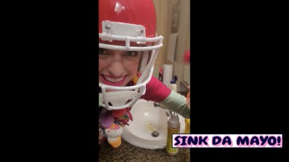 "Tiktok-IN'! CLIP: ""Sink Da Mayo"" (From Ep.19.5: ""Sinko Da Mayo Ageeyan!"" Shannon O'Brian Chronicles)"