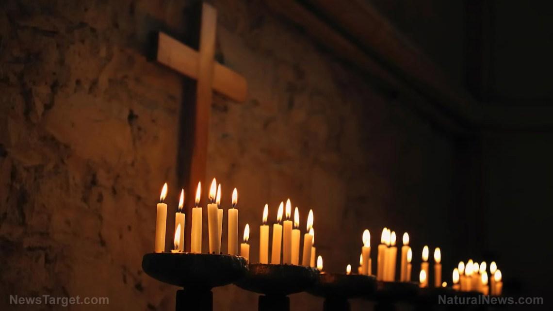 """Linksehelden eisen dat alle christelijke kruisen uit de publieke opinie worden verwijderd, beweren dat het hen """"triggert"""" … politieke correctheid is nu gelijk aan Satanisme"""
