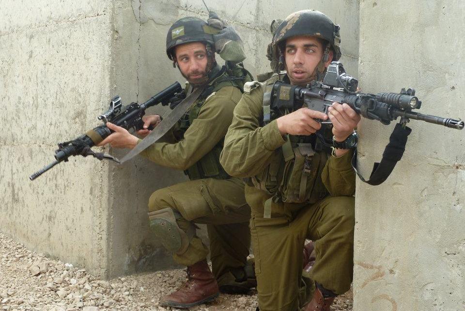 Wereldoorlog 3 komt eraan? Israël is op de rand van de oorlog met Hamas, Hezbollah, Syrië en Iran allemaal op hetzelfde moment
