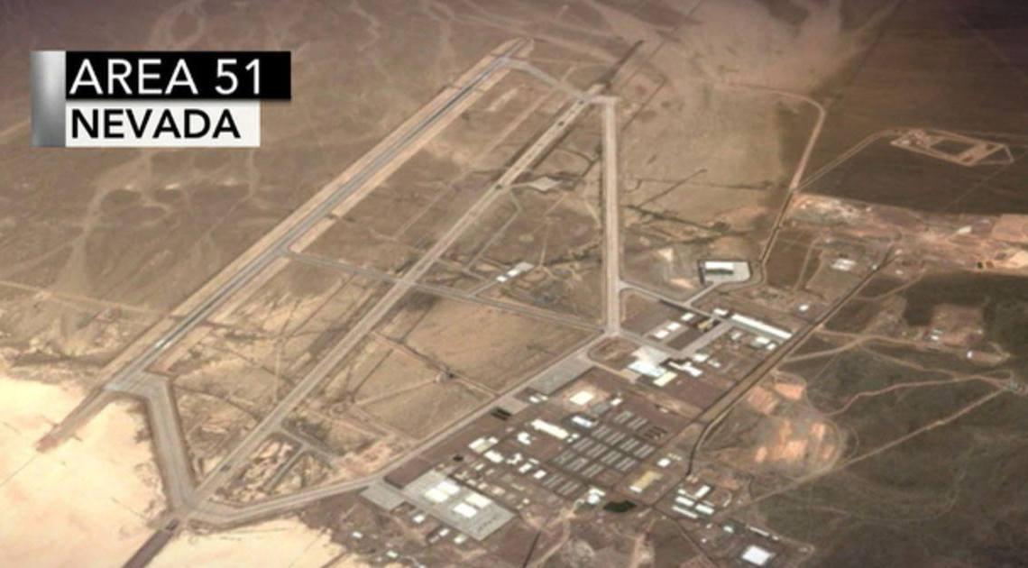 Zijn we alleen? Bijna 400.000 mensen hebben zich aangemeld voor Facebook-evenement om Area 51 te 'bestormen' en 'aliens te zien'
