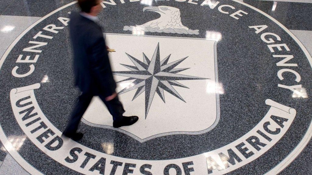 Waarom kan de CIA mensen vermoorden?