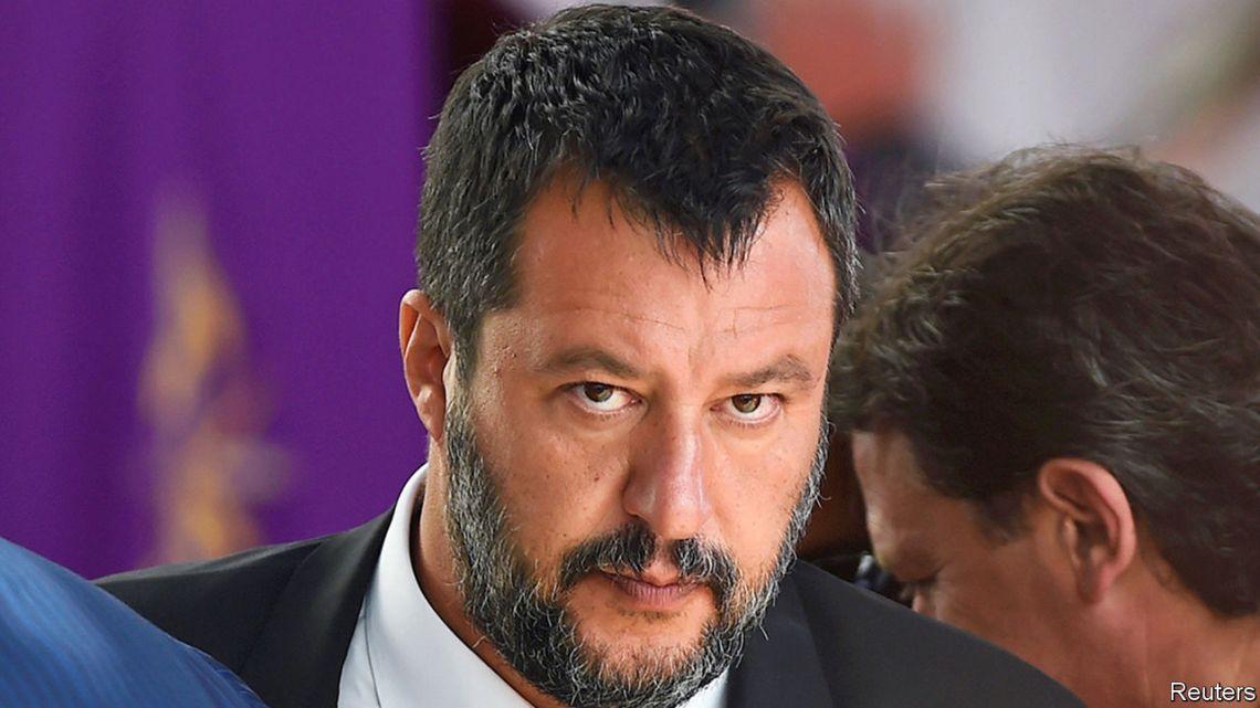 Salvini (LEGA) moet de aanval inzetten