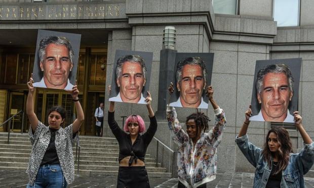 Jeffrey Epstein: nog drie vrouwen vervolgen de nalatenschap van de financier