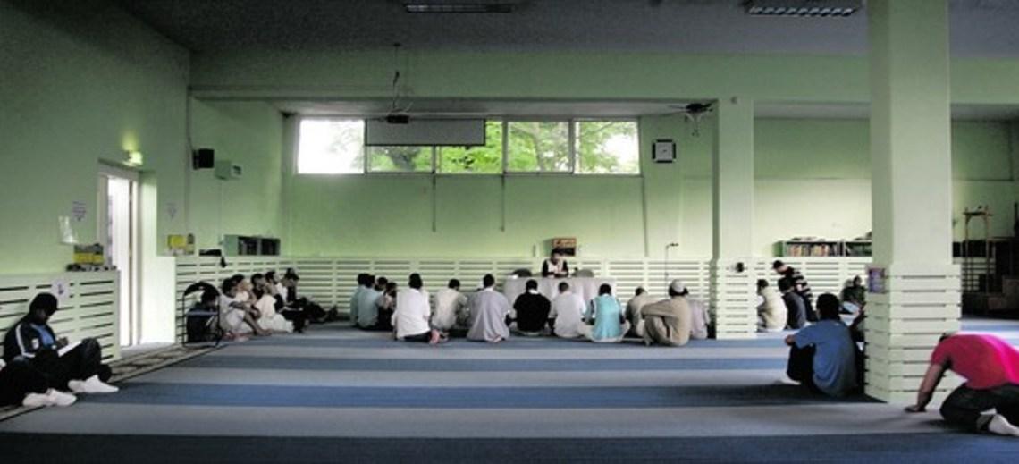 Nog steeds verbaasd over islamitische kinderen en koranschooltjes die afschuwelijke dingen leren over homo's, afvalligen en ongelovigen?