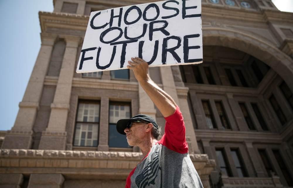 The Grassroots Battle om democratie te redden