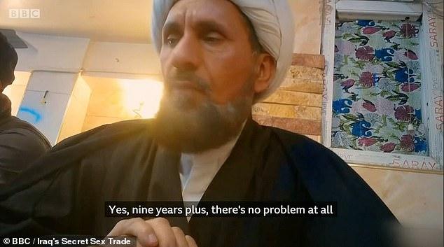 BRITSE MOSLIMS eisen verwijdering van BBC-documentaire (video)