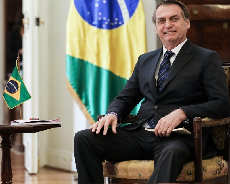 Brazilië dreigt te stoppen met de WHO, zegt Trump dat de VS de pandemie heeft verslagen
