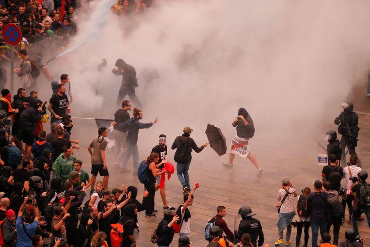 Gewonden tijdens vreedzame demonstratie catatonie: Het is laf, hoe de EU wegkijkt van Spanje